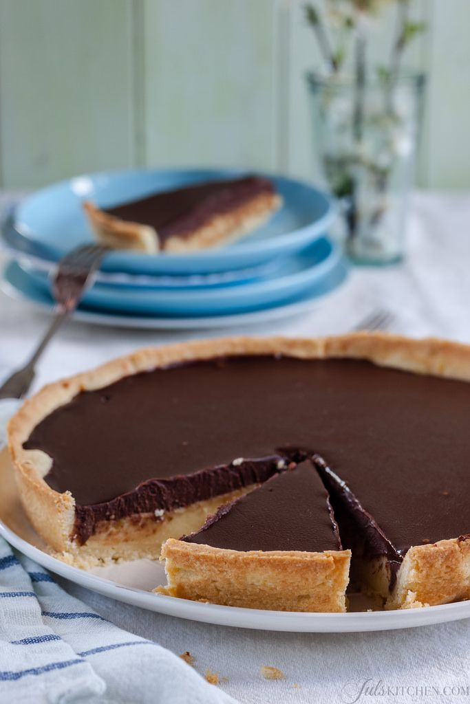 Chocolate and semolina tart from Florence #Easter