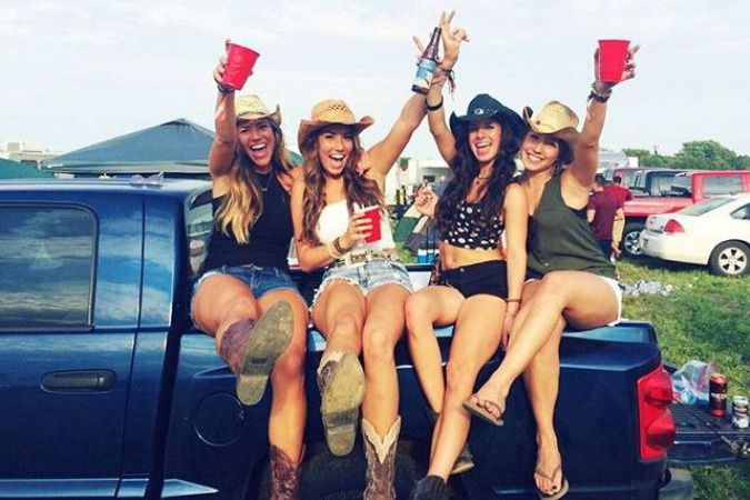 14 Surefire Signs You Are Most Definitely A Concert Junkie