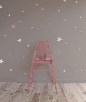Vinilo infantil dulce y bonito de estrellas rosas sobre fondo gris - Minimoi