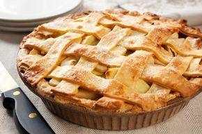 Esta receita de torta de maçã é uma das mais deliciosas e simples que você irá experimentar. Confira os detalhes porque tenho certeza de que irá adorar. Fi