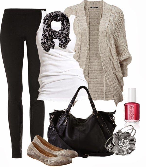 Casual Outfit with black jeans a white tee and a neutral cardi