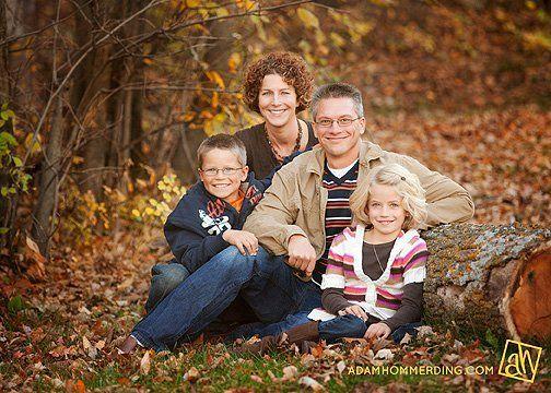 family photo posing for 4 | family of 4 posing idea | Photos I love