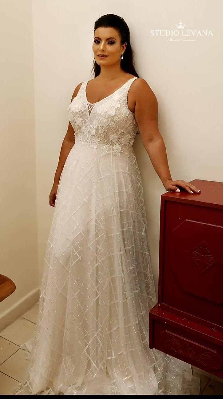 Strapless Plus Size Wedding Dress With Matte Sequin Overlay Detail Plussize Plussizebride We Plus Size Wedding Gowns Plus Wedding Dresses Plus Size Wedding [ 1738 x 1000 Pixel ]