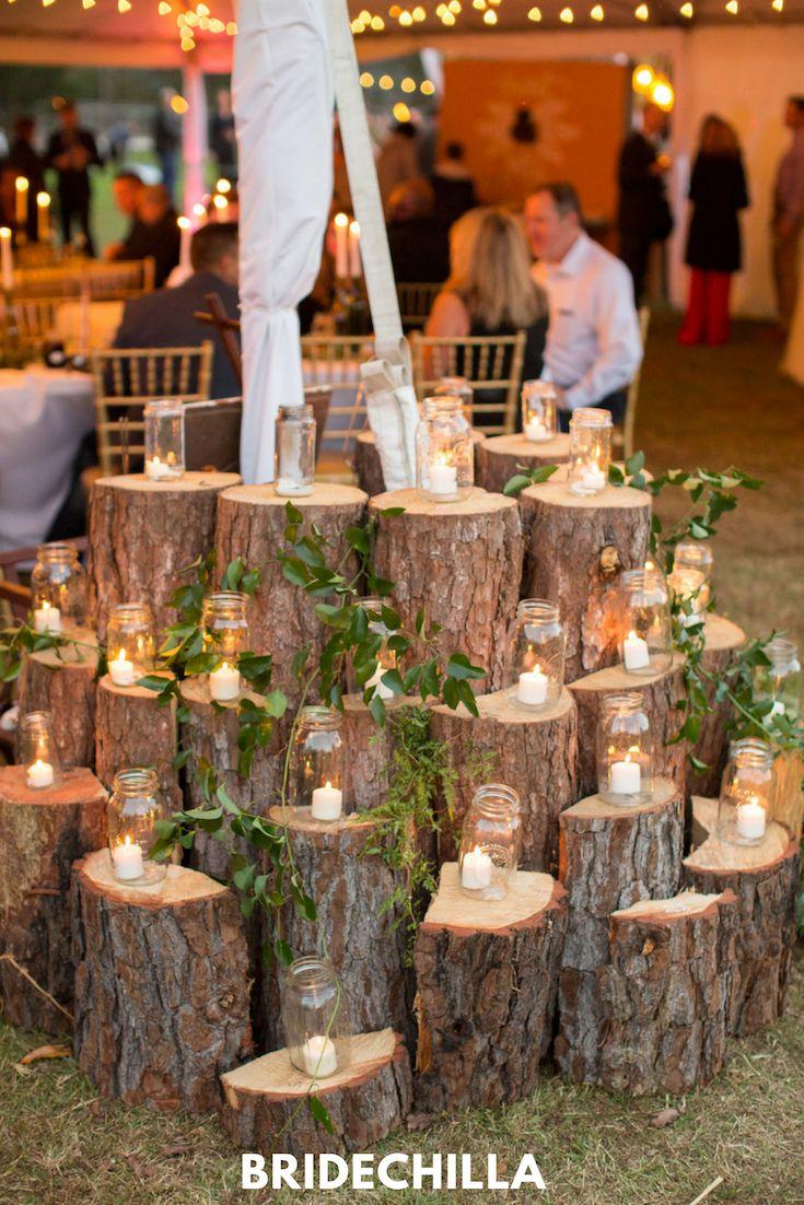 Heather & Matthew heirateten auf einer vielseitigen Hinterhofhochzeit voller …   – Colorful Wedding Decor