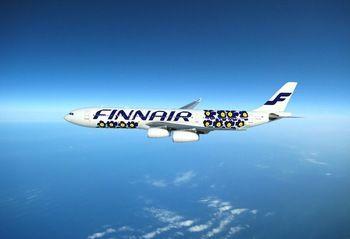 こちらは、2012年より就航している初代ウニッコ柄の機体。マリメッコのシンボルとなっているケシの花をモチーフにした花柄です。