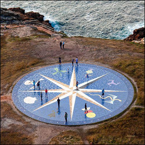 Rosa de los Vientos,a los pies de la Torre de Hércules. A Coruña.