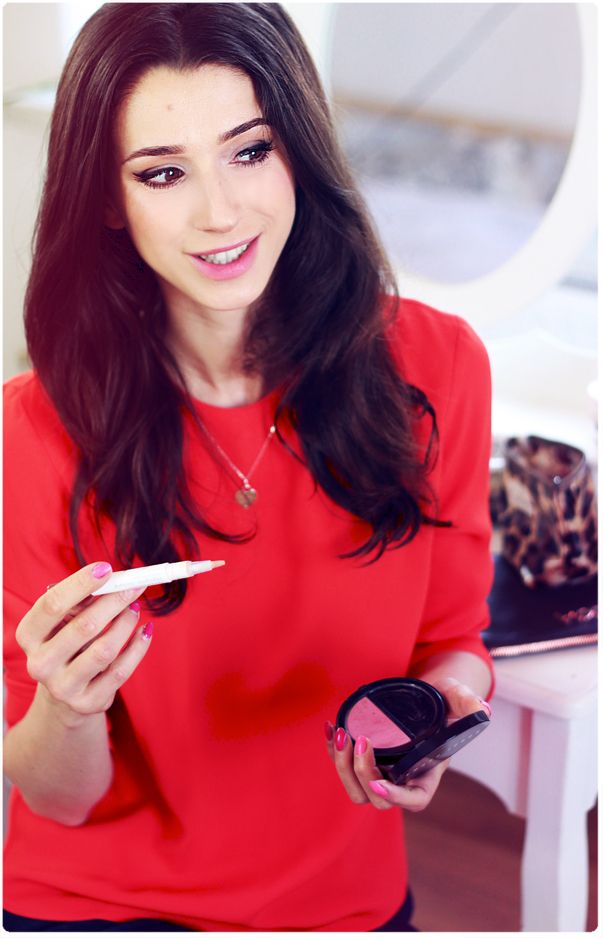 Alina Rose Makeup Blog: Jak lepiej zakryć cienie pod oczami. Łatwy sposób na zwiększenie krycia korektora.