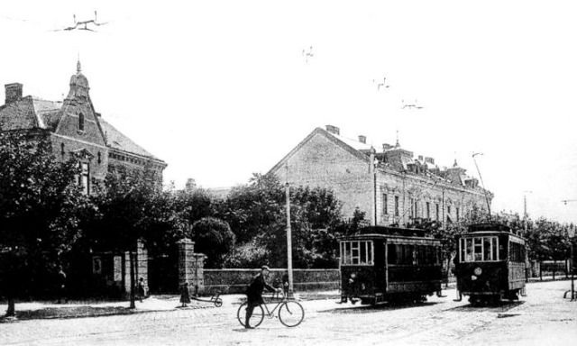 A Kossuth utcai kitérő a 4-es és az 5-ös motorkocsival