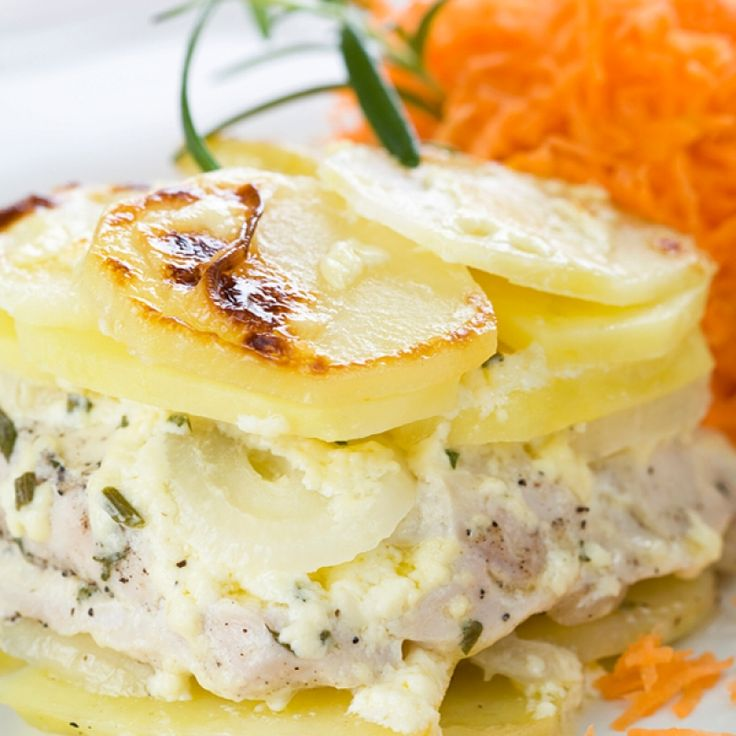 This chicken and potato casserole is like a fancy scalloped potato recipe.. Chicken and Potato Casserole Recipe from Grandmothers Kitchen.