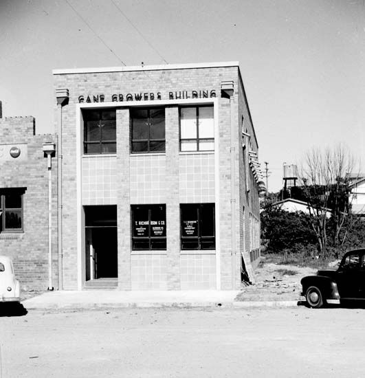 Cane Growers Building, Lowe Street, Nambour, 1954 [picture]