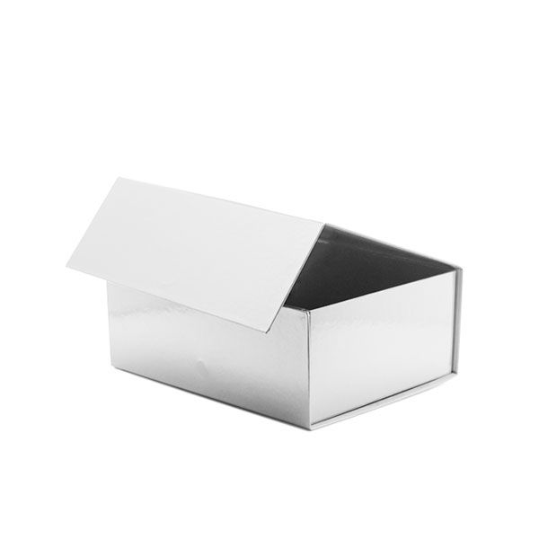 160mm White Magnetic Rigid Gift Box - £3.49 : Gift Bag Shop for gift bags, gift boxes and packaging