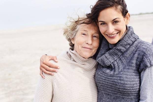 Einsamkeit gefährdet die Gesundheit – das gilt vor allem für ältere Menschen.