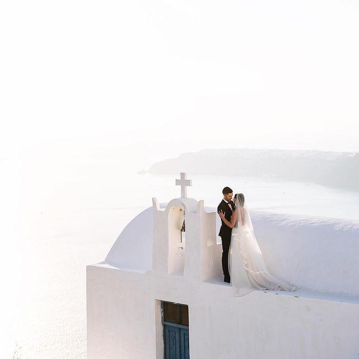 Η φωτογράφος γάμων που αποθεώνει την Σαντορίνη: Εικόνες-ύμνος στον έρωτα   BOVARY