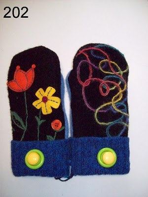 recycled sweaters to mittens
