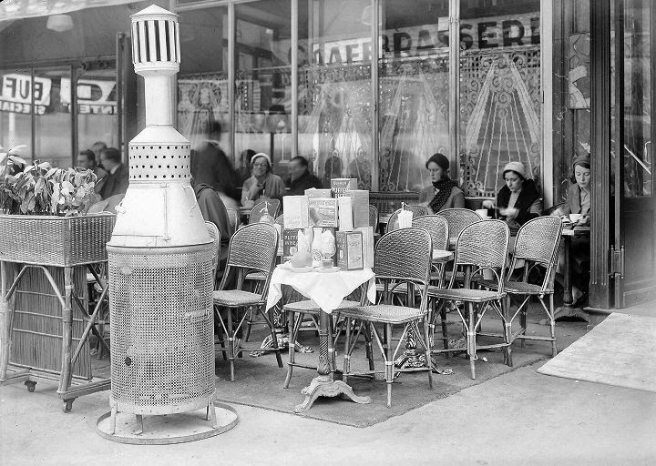 Paris 1932, Café le Dôme at the Boulevard de Montparnasse