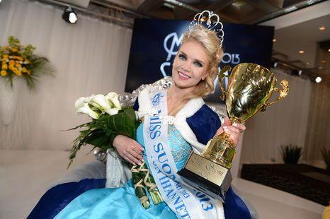 Lotta Hintsa won beautycontest in Finland and is now Miss Suomi 2013.
