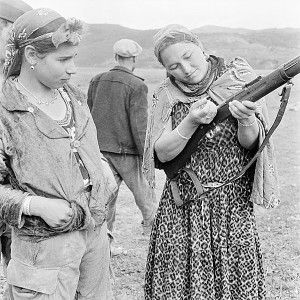 Femmes harkis 3 (Algerian women who fought for the French against Algerian independence)
