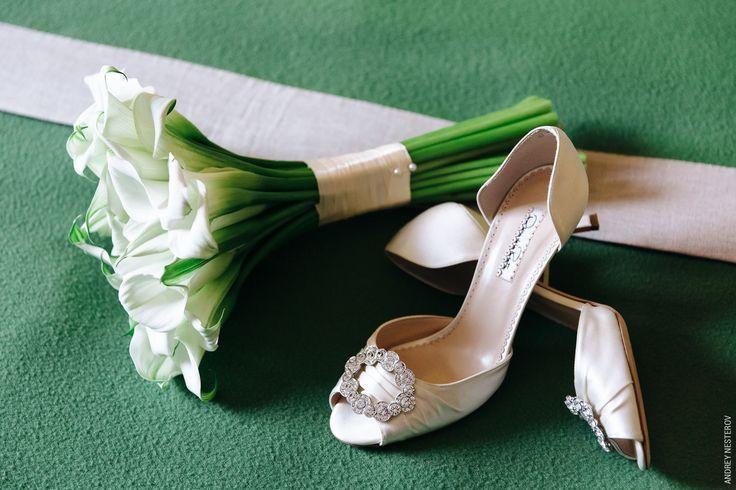 Утонченный букет невесты из калл
