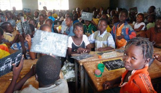 L'action qu'Urgence Afrique mène à Togbota relève d'une approche globale. A titre d'exemple, le nouveau dispensaire serait construit juste à côté de la Case de Enfants, l'admirable projet de préscolarisation de d'Urgence Afrique qui prépare les enfants à leur entrée à l'école. #benin #togbota #action