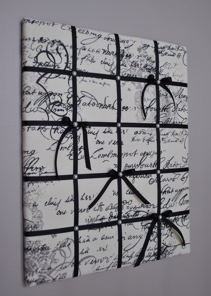 Script French memo board / fabric wall art by MemoBoardsNMore on Etsy https://www.etsy.com/listing/184616697/script-french-memo-board-fabric-wall-art