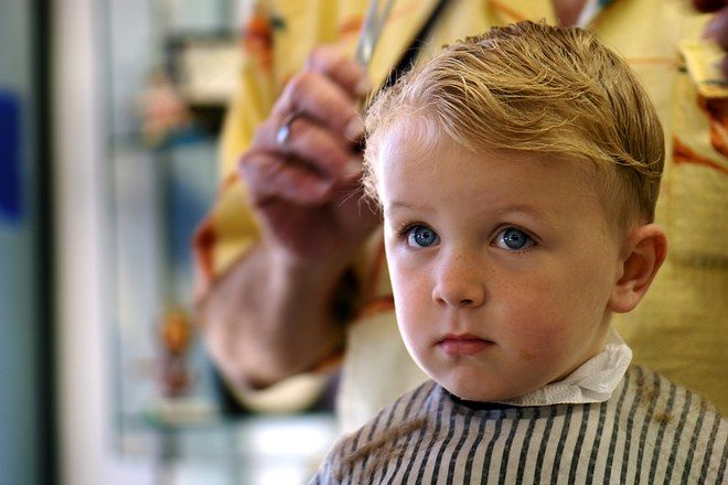 les 93 meilleures images du tableau coiffures d 39 enfants. Black Bedroom Furniture Sets. Home Design Ideas