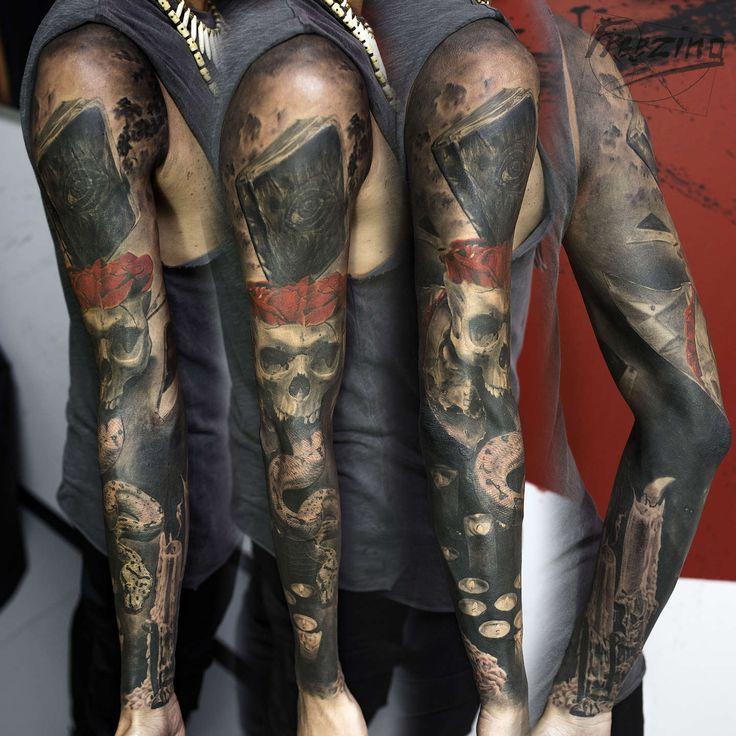 Denis Moskalev Завершил рукав. Делали долго, примерно год. Для этой татуировки я специально разбил зеркало) отражение черепа в его осколке с гипсового макета. Так же свечи на внешней части предплечья фотографировал сам. Потрепанную книгу фоткал клиент. Сколько сеансов было не помню. #vk.com/tattoofff instagram.com/freezing_tattoo facebook.com/freezing.obscurus #Freezing #Freezingtattoo #freezing_tattoo #nbktattoo #nbk_tattoo #nbk #tattoo #tats #tattoos #freezing #obscurus #Denis #Moskalev…
