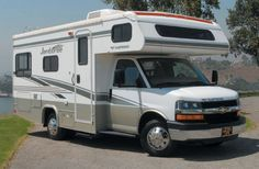 Compass Campers USA C22 Class C Motorhome usa rv rental