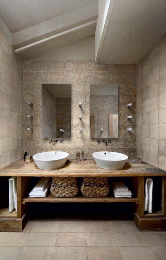 Colori Neutri Design Per Bagno Moderno Vanita Bagno Rustico E Arredamento Bagno Rustico