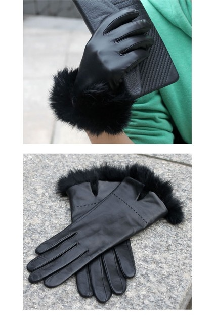 Leather sheepskin gloves, featuring, a fitted design, a split to the rabbit hair cuffs, with a warm lining.