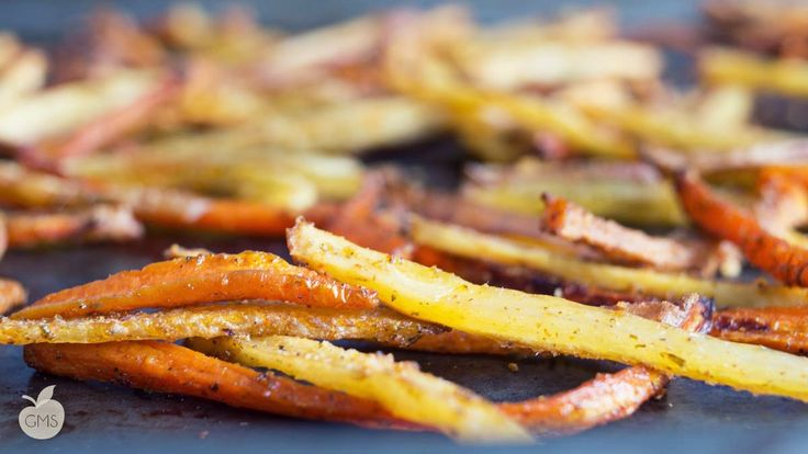 Patatine fritte al forno [RICETTA LIGHT] http://www.ilgolosomangiarsano.com/
