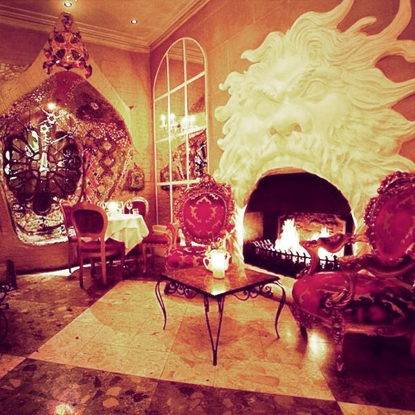 London's 30 Most Instagrammed Restaurants #refinery29  http://www.refinery29.com/london-restaurant-instagrams#slide-21  Beach Blanket Babylon  Whether in Notting Hill or Shoreditch, BBB's decadent digs are an Instagrammer's dream.Beach Blanket Babylon, 45 Ledbury Road; 020 7229 2907.