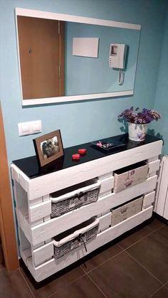 die 25 besten ideen zu garderobe aus paletten auf. Black Bedroom Furniture Sets. Home Design Ideas