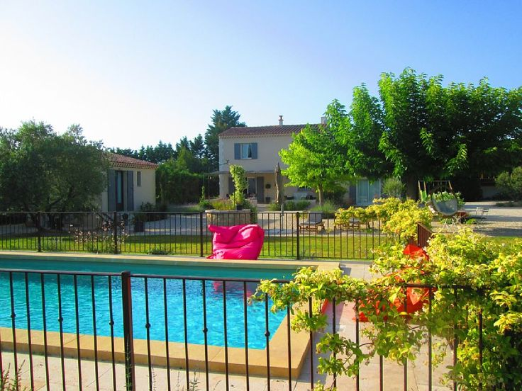 Magnificent villa with pool on a plot ... - HomeAway Saint-Remy-de-Provence
