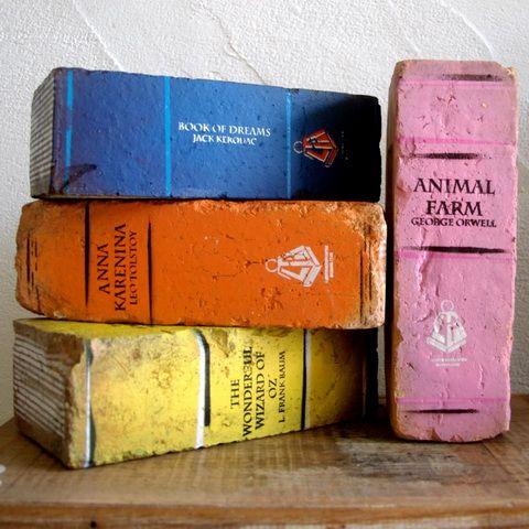 Bontott tégla könyvek - Tagle books DIY