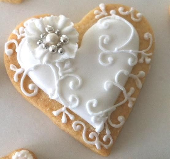 white heart cookies #wedding #cookies #white