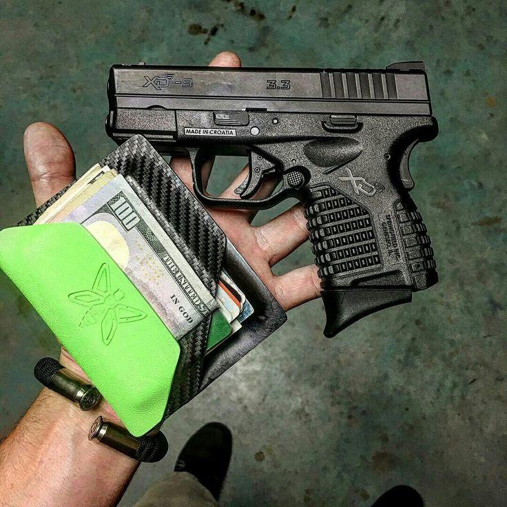 Photo Courtesy of @lawlessweaponry --- Black #Paracord on Nickel #45ACP Casings BearArms Bullet Bracelet --- www.BearArmsBracelets.com --- Work dump #handporn #pocketdump #carrydaily #gunshop #gunstore #beetactical #springfieldxds #springfieldarmory #xds #9mm #gunporn #walletporn #beararmsbracelet #edc #lawlessweaponry