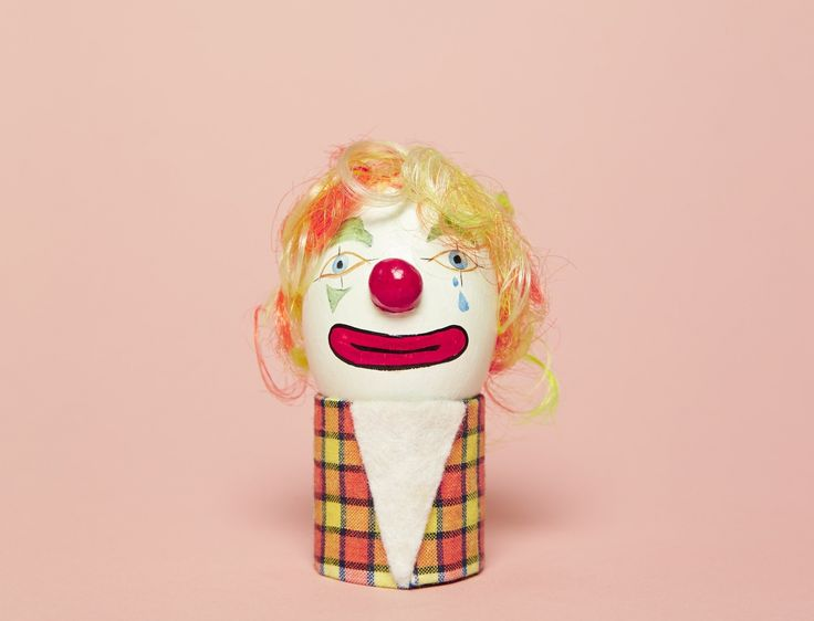 FEATURE: Wren / Luke Stephenson - 'The Funny Faces of the Clown Egg Register' by Mark Sinclair 20/03/2017