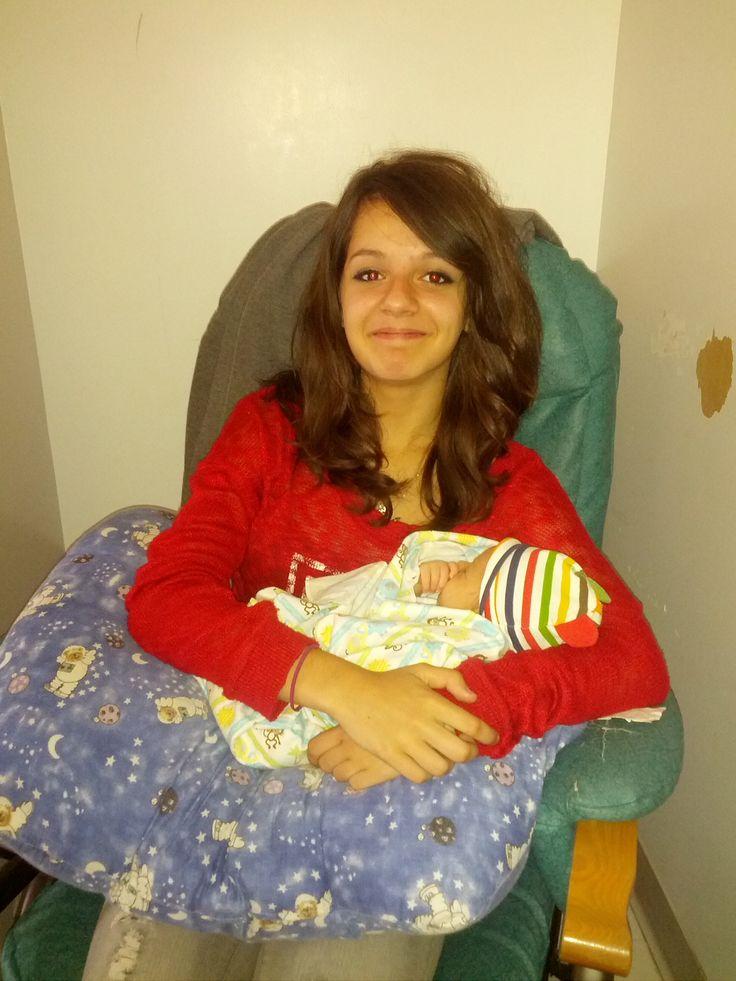 Eve ma belle et Logan tout petit. Ils s adorent tellement ces deux lã