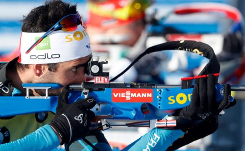 Фуркад выиграл последнюю гонку сезона с нарушением правил http://mnogomerie.ru/2017/03/19/fyrkad-vyigral-poslednuu-gonky-sezona-s-narysheniem-pravil/  Французский биатлонист Мартен Фуркад выиграл последнюю гонку Кубка мира, масс-старт в норвежском Холменколлене. На одном из этапов он нарушил правила, однако жюри оставила победу за Фуркадом Фуркад, который еще на прошлом этапе Кубка мира обеспечил себе победу в общем зачете, вышел на масс-старт с пустой обоймой. Уже на первом рубеже он…