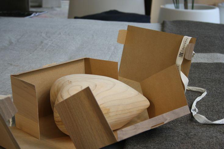 A S. Valentino regala un'emozione profumata: Cuore in legno massello di cedro by +Riva1920  www.arredamentigandolfo.it  #riva1920 #cedro #legno #wood #arredamento #designer #design #gandolfoarredamenti #laspezia #madeinitaly
