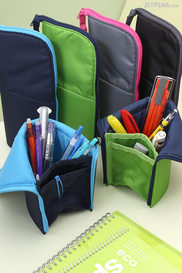 The new Kokuyo Neo Critz Large Pencil Case is a large-capacity case that easily transforms into a standing pen cup.