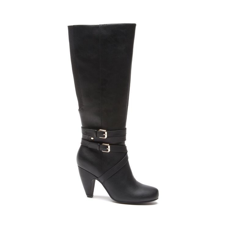 Get yourself a stunningly distinctive pair of boots this year to get you through the colder days in style. Knee-high length, designed with impeccable style and also for comfort, these are a flawless pair of boots you'll just have to have.