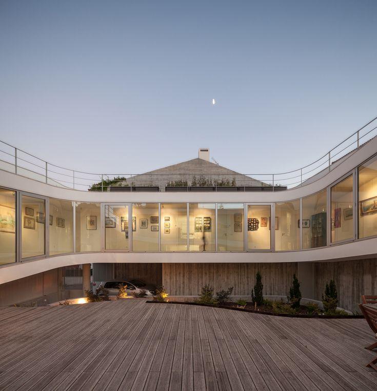 Gallery of House in Estoril / António Costa Lima Arquitectos - 5