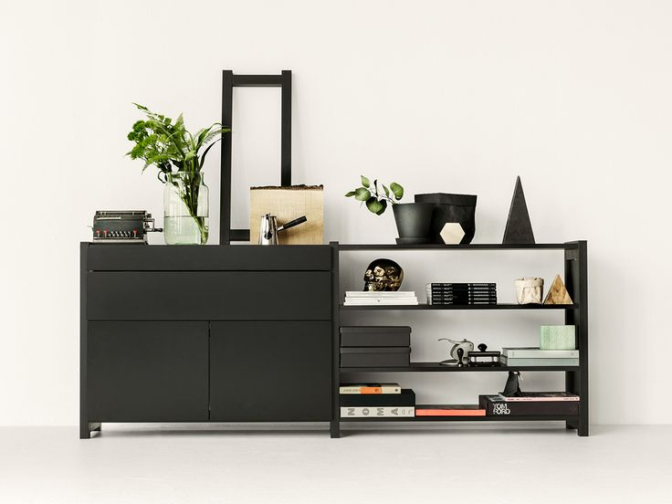 Same black Lundia Classic as the last picture but this time we added some drawers and doors.