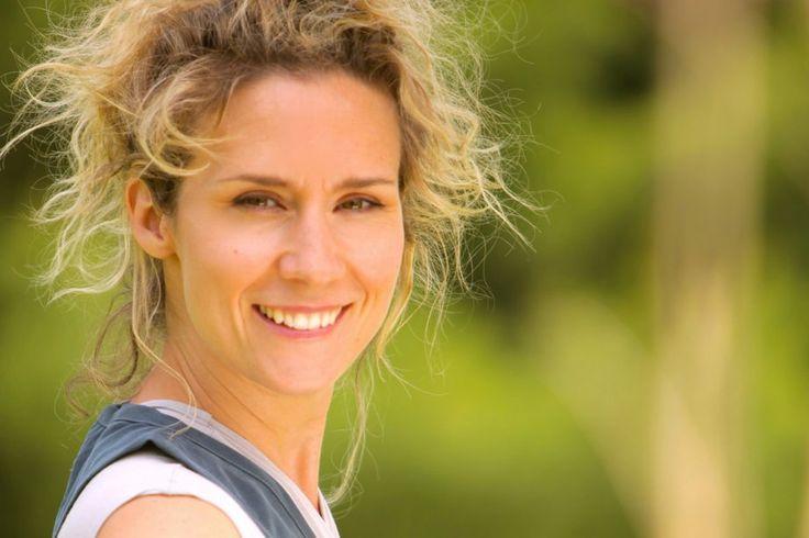 Que nous réserve Explora cet automne? | Casa Nova, la toute nouvelle émission animée par la comédienne Édith Cochrane, qui s'intéresse au bâtiment vert, l'architecture écologique. On y découvrira des techniques créatives et efficaces de construction respectueuse de l'environnement en Asie, en Crête, en Suède, en Arizona et au Québec.