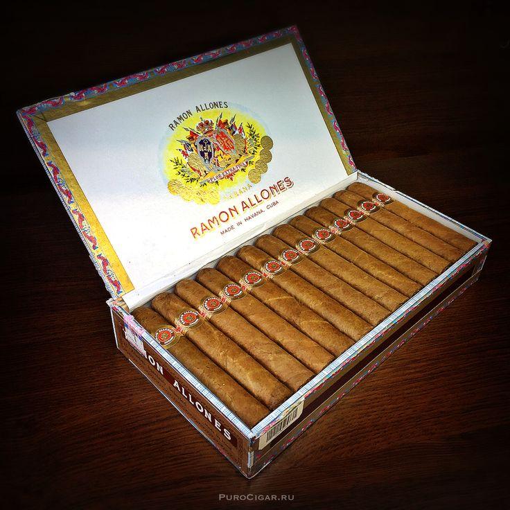 """В сети специализированных табачных магазинов """"PURO"""" снова в продаже великолепные кубинские сигары Ramon Allones Specially Selected!  Каждый год, самый читаемый специализированный журнал """"Cigar Aficionado"""" публикует список лучших сигар года. Почётное второе место в списке «Top 25 Сigars» в 2015 году, с рейтингом в 96 баллов, получила Habano из регулярной линейки Ramon Allones – Specially Selected."""
