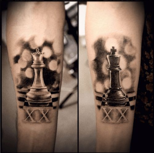 So beautiful. Couple's tattoo king and queen chess pieces