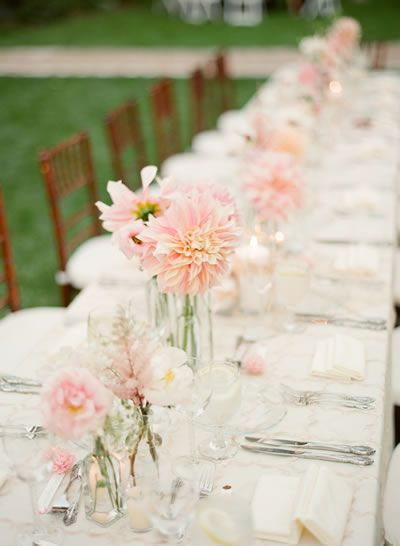 scattered short florals for head table?
