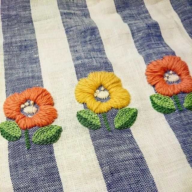 春色でウール刺繍!ぽけぽけ感がすき♡ #刺繍 #ウール刺繍 #樋口愉美子 #embroidery