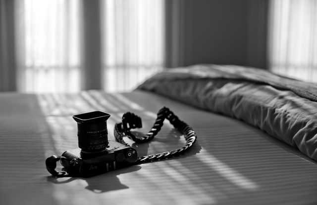 Tie Her Up camera strap for Leica